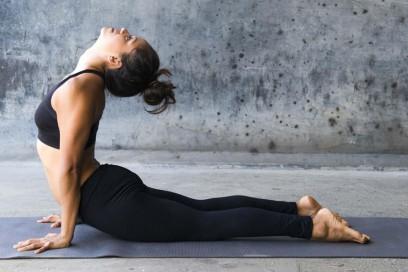 Asana, posizioni dello Yoga. Quali sono i benefici della pratica.